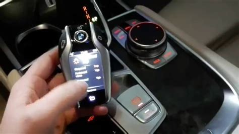 bmw  series gg car key  display youtube