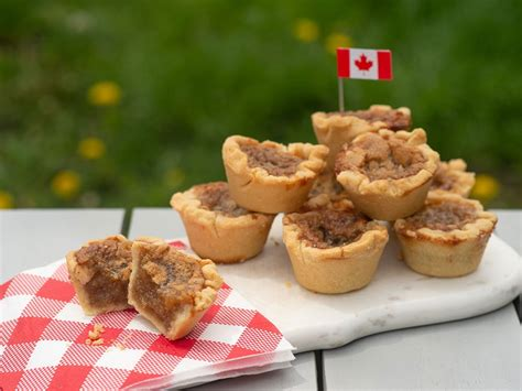 canadian dishes food canada butter tarts must try tart them maple key