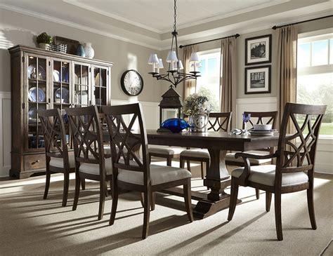steinhafels trisha yearwood  pc dining set