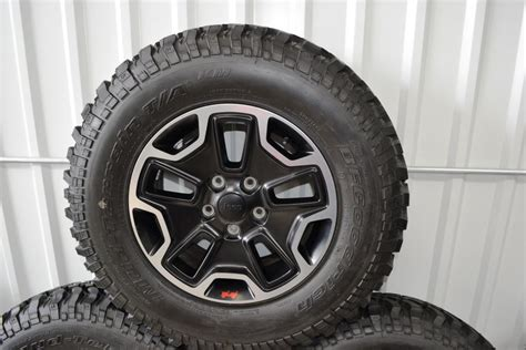 stock jeep wheels and tires jeep wrangler rubicon oem wheels oem factory wheels rims