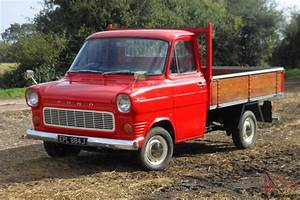 Ford Transit Mk1 : mk1 ford transit single wheel truck 20 000 miles 1 previous keeper red ~ Melissatoandfro.com Idées de Décoration