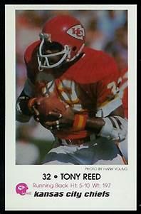Tony Reed 1979 Chiefs Police 7 Vintage Football Card