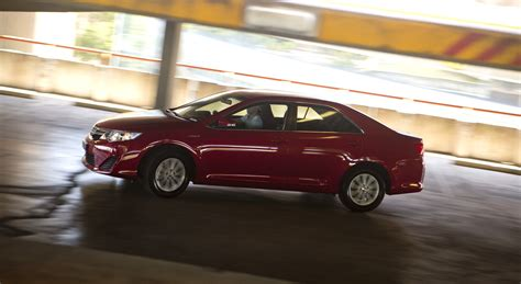 Review Toyota Camry by Toyota Camry Hybrid Review Caradvice