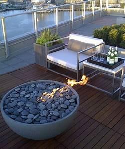 1001 unglaubliche balkon ideen zur inspiration for Feuerstelle garten mit balkon fliesen holzoptik