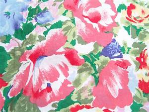 Print Linen Rentals Orlando Watercolor Floral Print Linen