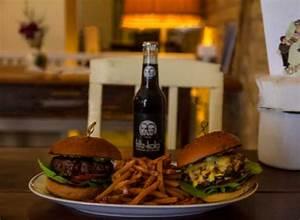 Burger Restaurant Mannheim : burger des monats februar henriette burger bar gastroguide ~ Pilothousefishingboats.com Haus und Dekorationen
