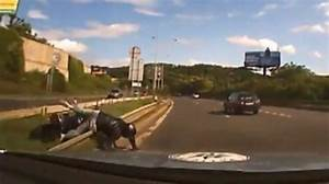 Watch a High Speed Police Chase End with a Bike Crash ...