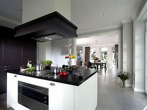 Heinz von heiden musterhaus villa falkensee traumhaus for Küchen falkensee