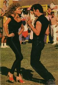 Sandy from Grease dancing – Le Blow
