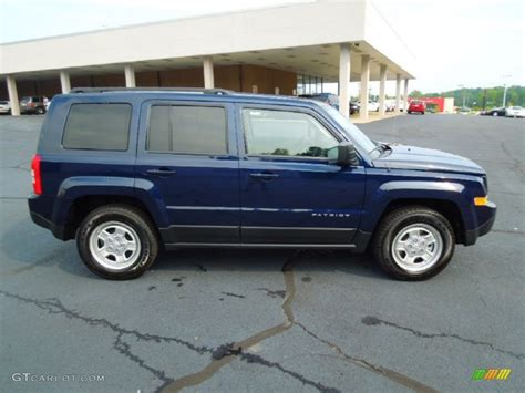 patriot jeep blue true blue pearl 2013 jeep patriot sport exterior photo