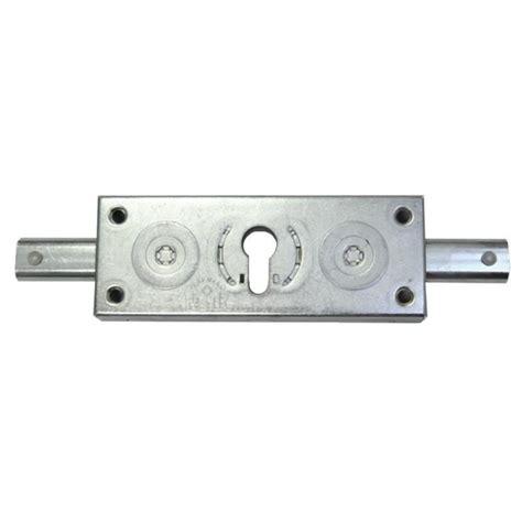 serrure pour rideau metallique serrure rideau m 233 tallique prefer pour cylindre europeen