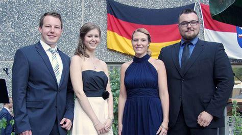 absolventen der rotenburger hochschule fuer finanzen