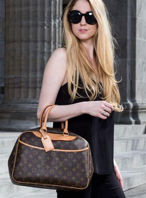 louis vuitton deauville travel case handbag louis vuitton vuitton outfit louis vuitton