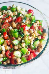 This 5 Minute Chopped Chickpea Salad is crazy good and so