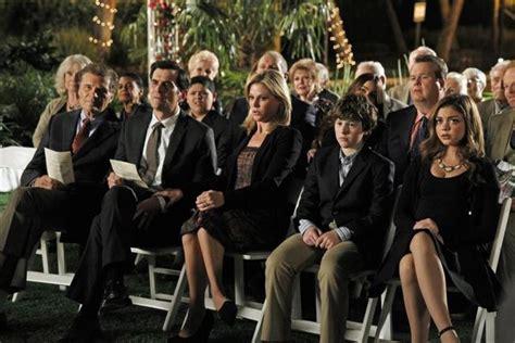 saison 4 modern family modern family saison 4 sur des roulettes brain damaged