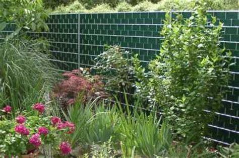 Blickdichte Zäune Metall by Sichtschutzzaun Sichtschutz Aus Gitter Verzinkt Im Garten