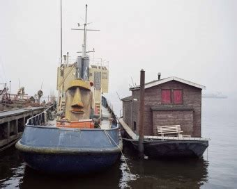 Yellow Tugboat by Artolive Kunstuitleen En Verkoop Hedendaagse Kunst