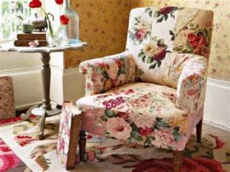 canapé à vendre canape anglais tissu fleuri 28 images photos canap 233