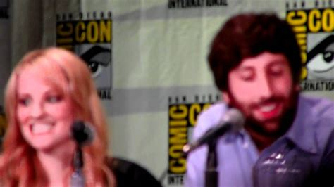 melissa rauch voice of howard s mother simon helberg and melissa rauch impersonate howard s mom