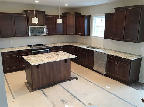White Cabinets With Granite by Top 25 Best White Granite Colors For Kitchen Countertops