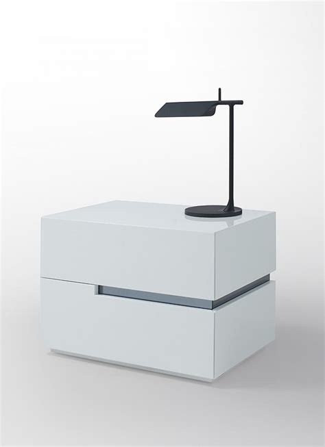 Modern White Lacquer Nightstand by Modrest Polar Modern White Lacquer Nightstand