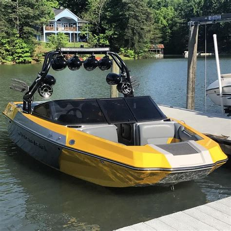 Moomba Helix Boat Reviews by 2016 Moomba Helix Custom New Price Wont Last For