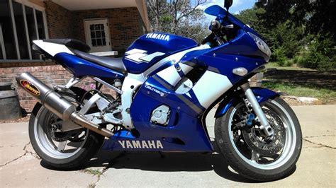 Yamaha R6 Street Bike Motorcycle Crotch Rocket