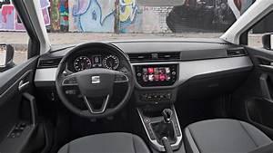 Seat Arona Xcellence Automatikgetriebe : seat arona 1 0 se technology 2017 review car magazine ~ Jslefanu.com Haus und Dekorationen