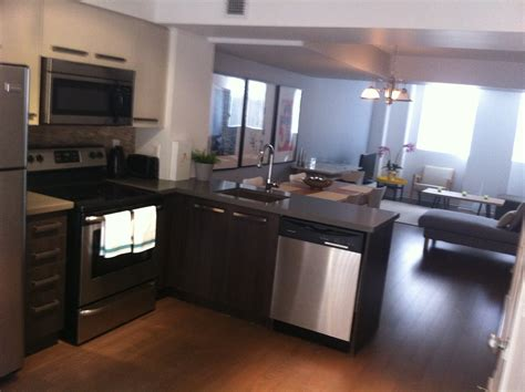 kitchen cabinets toronto yorkville toronto furnished condos david greenaway msn 6761