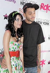 Remember 2000s Rocker Travis Mccoy       Look What The Drugs Did To Him    Pics
