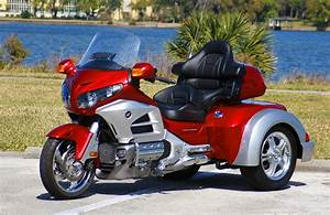 Roadsmith HTS1800, the All New Honda Goldwing Trike