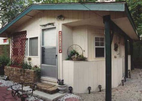 iris garden cozy cottage unit 2 non hotel lodging