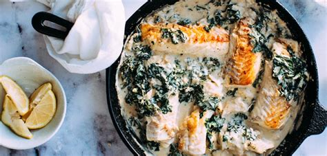 cuisiner pavé de saumon au four pavé de saumon à la crème et épinards recette ramadan
