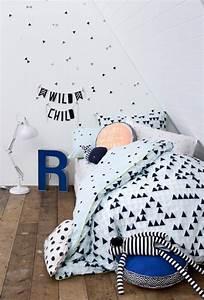 Chambre enfant en noir et blanc 25 idees a copier for Chambre design avec housse de couette noir et blanc enfant