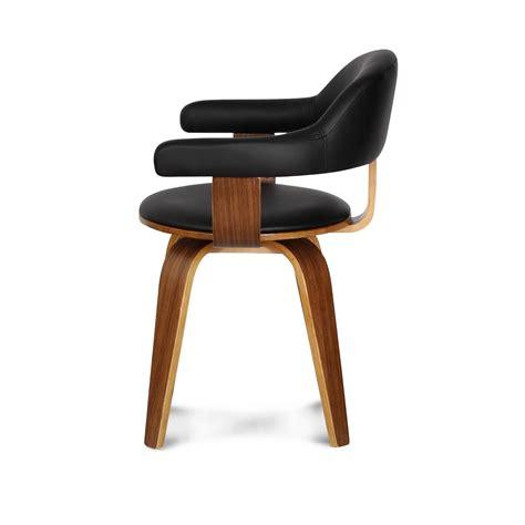 chaise en bois design chaise design suédoise simili cuir noir et bois massif walnut