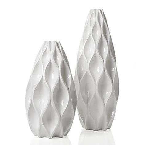 sequence white vase  gallerie