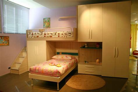 camere da letto con scrivania camerette letti a e scrivanie camere per