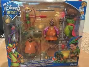 Disney heroes Famosa Robin Hood action figure playset. Very rare. New