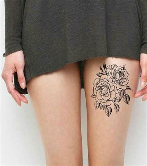 Photo  Tatouage Femme  Des Roses Sur Le Haut De La Cuisse