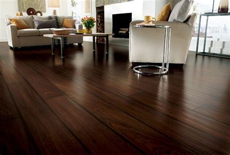 Hardwood vs. Laminate Flooring: The Pros and Cons   Majic