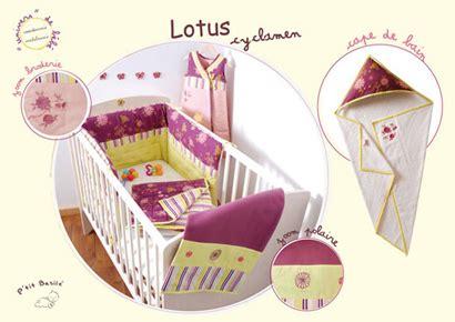 chambre bébé violet décoration chambre bébé violette thème violet