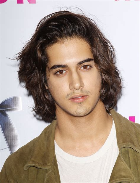 Avan Jogia's Haircut: 8 Reasons We're Glad the 'Victorious