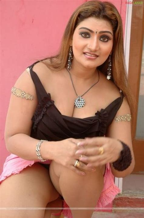 Palana Palana Tamil Malayalam Hot Aunty Actress