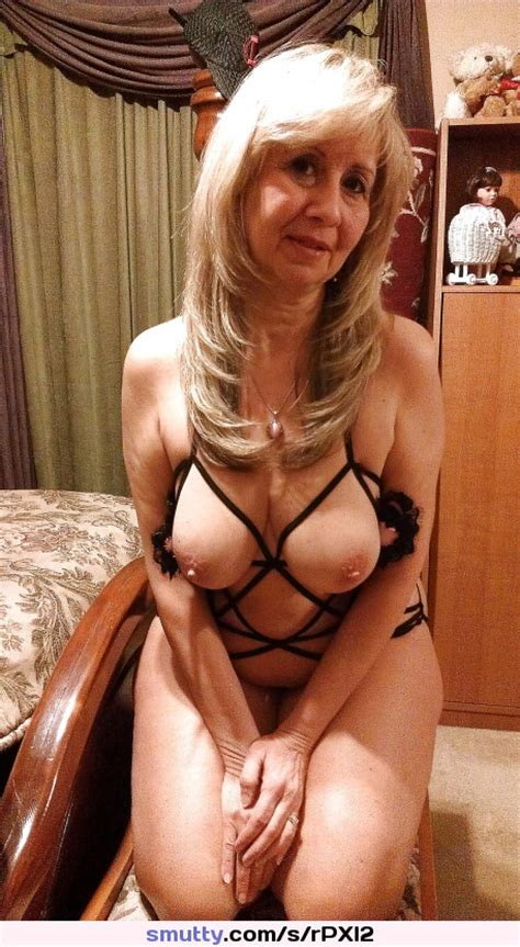 Granny Gilf Lingerie Cute Smile Slutwife Boobs Tits Smutty Com