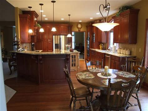 Kitchen Paint Colors With Cherry Cabinets Pictures by What Color To Paint Your Kitchen Interior Decorating
