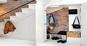 Rangement sous escalier idee deco gain de place for Idee deco sous escalier