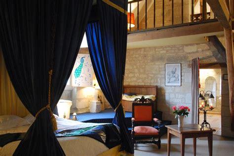 chevalier de la salle la chambre du chevalier avec sa grande salle de bain avec 86 motte ch 226 teau 86230