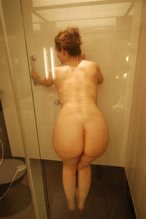 Sexy Mom With Big Round Ass