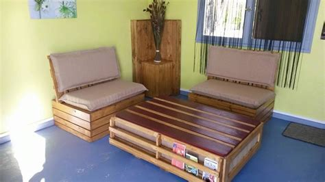 comment fabriquer un canapé en bois de palette comment fabriquer ses meubles avec des palettes