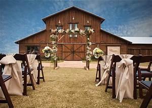 Best 25 Barn Wedding Venue Ideas On Pinterest Party